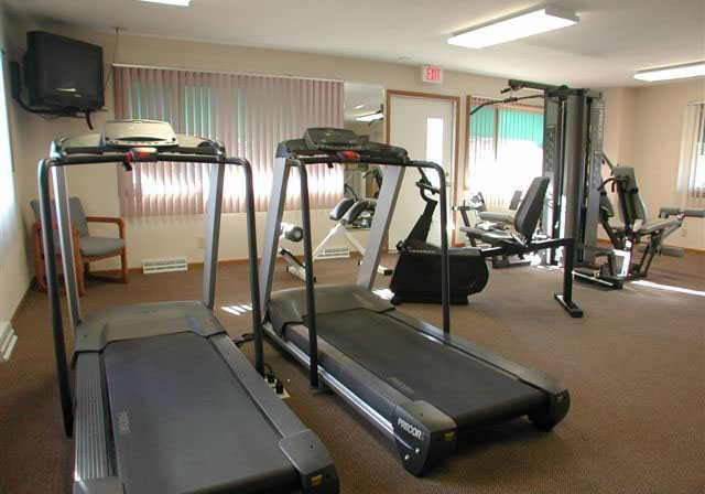 shagbark-apartments-kenosha-wi-exercise-room(2)